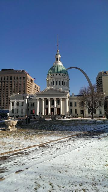 2013-courthouse-in-snow